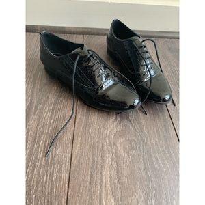 Steve Madden Women Wingtip Dress Shoes